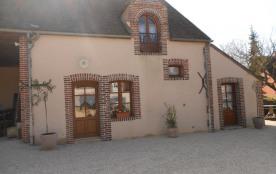 Gite au calme, Bourgogne, Puisaye, proche autoroute