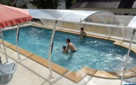 gite de charme 3 étoiles  sur l'axe  Sarlat, Rocamadour     ,  piscine  clôturé  abrité eau chaude
