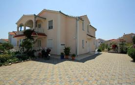API-1-20-22722 - Villa MatAna