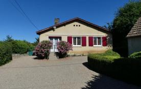 Villa à CARSAC AILLAC