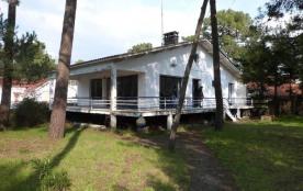 FR-1-194-90 - Villa familiale sous les pins à La Grière Plage