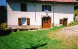 Meublé de 70 m², avec entrée et cour indépendante à 3 km du Lac de la Moselotte.