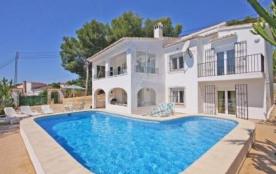 Villa OL Zara - Agréable villa de vacances avec piscine privée située a Moraira, dans une urbanis...