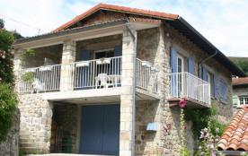 Gîtes de France Lamaria. Envie d'un séjour en famille en Ardèche, cette maison en pierre entièrem...