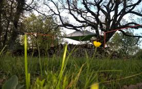 """Insolite en Aveyron """"Les tentes suspendues !!!"""""""