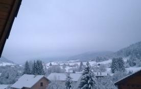 Vue sur les montagnes et la piste de skis de Gerardmer