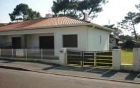 Quartier Plage - Appartement dans villa de 61 m² environ pour 7 personnes situé à 1000 m des comm...