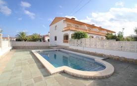 C43 RUSTIC adosado con jardín privado y piscina