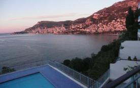 Appartement de haut standing pour 4 personnes, avec vue panoramique sur Monaco
