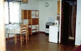 Sonia - Appartement dans ensemble de 10 gîtes avec couloir commun, tous situés au premier étage s...