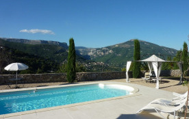 Villa avec piscine privée et vue imprenable