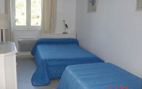 Chambre 2 lits =120x190 et 90x190cm