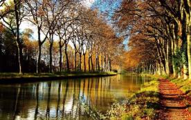 Le canal du midi proche de la maison