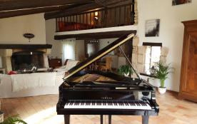 Le MAS Pianissimo (300 m2 sur 3 habitations distinctes: 10-12 personnes): un havre de paix aux portes du luberon