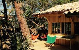 A proximité des plages et du marché, superbe villa bois (construction BARTHEROTTE esprit cabane) ...