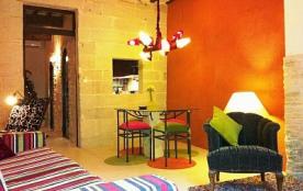 Appartement moderne, centre-ville d'Uzès, calme et confortable rénové en 2010