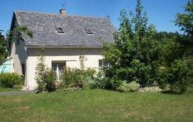 Maison indépendante - Maison récente située à la campagne sur le terrain des propriétaires, dans ...