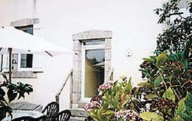 Grande maison de famille avec petit jardin clos