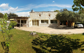 Villa Maestrale, Demeure de Charme avec  piscine et terrain de boules privatifs, accès handicapés.
