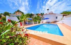 Villa VM Losli - Jolie villa à étage avec piscine privée située dans le quartier résidentiel de B...