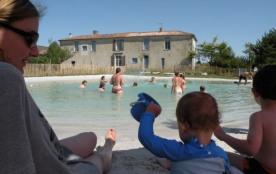 Gîte du Marais, piscine naturelle de 350 m² - Saint-Saturnin-du-Bois