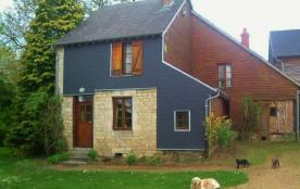 Gîte n°165 à Viel-Saint-Remy - à 18 km de Rethel. En limite de hameau, gîte indépendant restauré ...