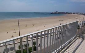 FR-1-197-169 - Face à la grande plage appartement T3