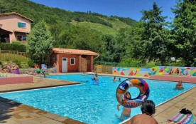 CAMPING *** ISERAND, 48 emplacements, 12 locatifs