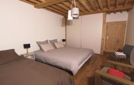 Chambre 2 (1 lit de 90 et 1 lit double de 180 ou 3 lits simples de 90 sur dem...