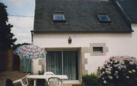 Maison de village entièrement rénovée pour trois personnes .