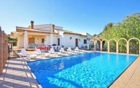 Villa OL Perle - Villa idéale pour les grandes familles et les groupes d'amis car elle offre un g...