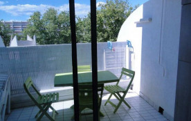 Quartier couchant studio cabine, confortable et agréable.