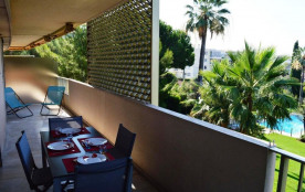 JUAN LES PINS - Résidence LA PALMERAIE. Appartement T2 - 55 m² environ - jusqu'à 4 personnes - pi...