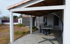 FR-1-336-2 - Charmante maison rénovée avec goût, en 3 chambres avec wifi, à 2,5 km de la plage