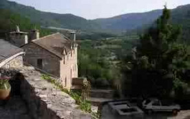 Old Village house in Cantobre in the dourbie valley. We are offering 9 nights for the price of 7 nights ( 13/7 to 22/...