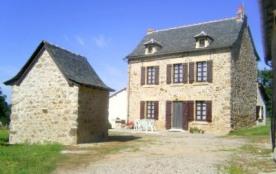 Gite rural proche des Vallées de l'Aveyron et du Lot, et des villages classés - Ancienne ferme rénovée - Lanuejouls
