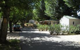 Camping les Fouguières, 21 emplacements, 30 locatifs