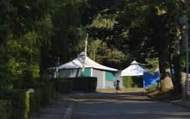 Campéole La Forêt, 18 emplacements, 75 locatifs