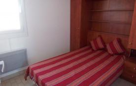 chambre avec lit de 120