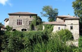 Gîtes de France - Le Château de Grozon.