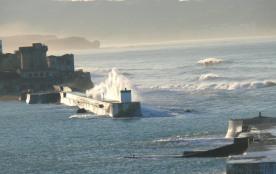 Le fort et la digue de Socoa