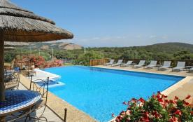 Mini villa 45 m² - Type B 2/4 personnes, climatisée (vue sur mer) - Notre résidence à Porto-Vecchio, classée 3 étoile...