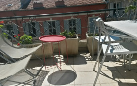 NICE, CARRE D'OR MASSENA APPARTEMENT STANDING, CLIMATISE, TERRASSE PLEIN SUD, WI-FI GRATUIT