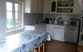 Cuisine équipée, lave vaisselle, frigidaire, congélateur, micro-onde, cafetiè...