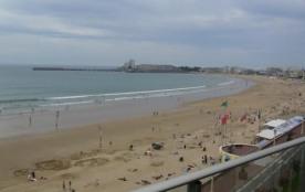 Face à la grande plage avec vue superbe