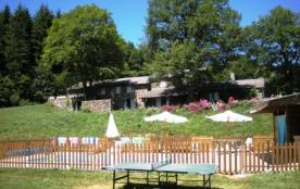 Gîte avec piscine et petit lac privé - La Salvetat sur Agout