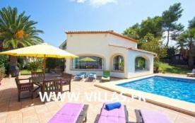 Villa AG8-BRUJ
