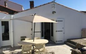 Maison individuelle confortable rénovée en 2017 dans petit village charmant au calme