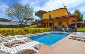 Belle villa d'environ 200 m² pour 10 personnes située dans la résidence Mas Flassia à Vidreres.