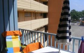 Appartement studio de 28 m² environ pour 4 personnes situé à 200 m de la plage et du centre de la...